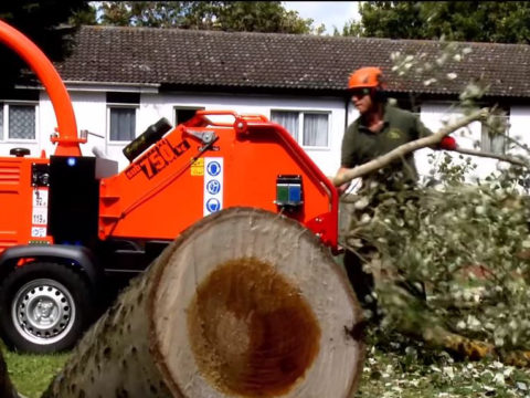 Timberwolf TW 230DHB Road Tow Wood Chipper - video image