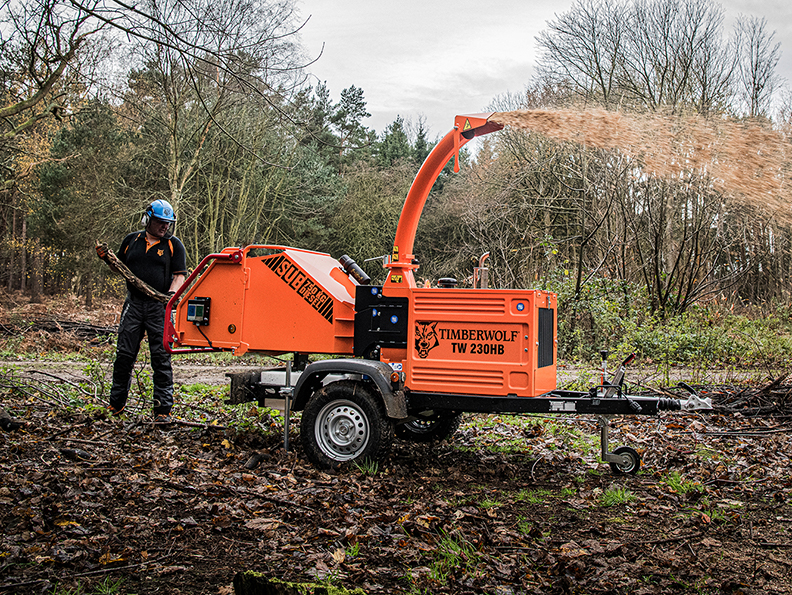Timberwolf TW 230HB Diesel Road Tow Wood Chipper - chipping
